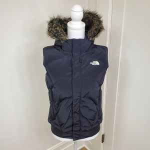 North Face down zip up puffer vest with fur trim